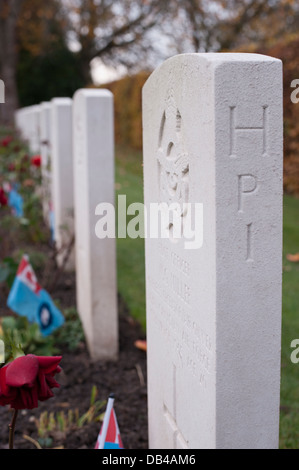 Close-up of headstones in a row (side view) in Commonwealth War Graves Commission (CWGC) cemetery - Stonefall Cemetery, - Stock Photo