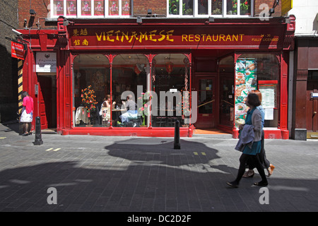 Vietnamese restaurant in Chinatown, London, UK - Stock Photo