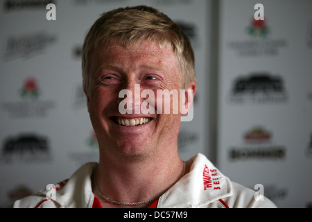 Lancashire County Cricket Club photocall April 6th 2009. Press conference. Glenn Chapple. Picture: Chris Bull - Stock Photo