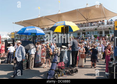 Oncourse bookmakers and the Gordon Enclosure Stands - Stock Photo