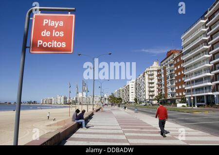 Pocitos beach. Río de La Plata, Montevideo, Uruguay - Stock Photo