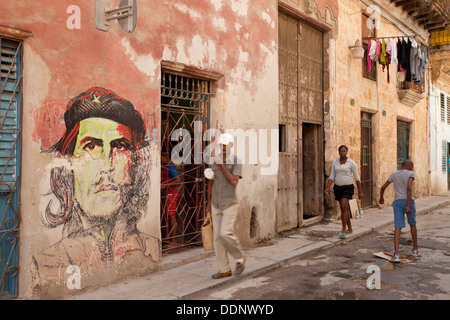 mural with Che Guevara in the old part of Havana, Cuba, Caribbean - Stock Photo