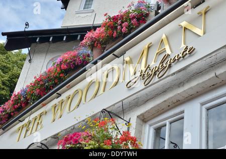 The Woodman pub in Highgate, London, UK. - Stock Photo