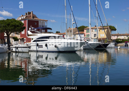 Port Grimaud, Var, Provence-Alpes-Cote d'Azur, France, Europe - Stock Photo