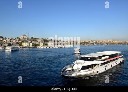 Ferries, Golden Horn, Istanbul, European side, Istanbul Province, Turkey, European side - Stock Photo