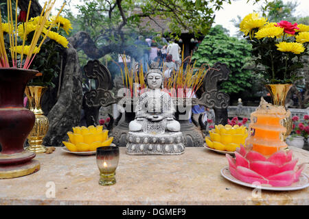 Buddha altar in front of the One Pillar Pagoda, Hanoi, North Vietnam, Vietnam, Southeast Asia, Asia - Stock Photo