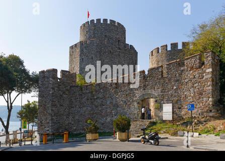 European fortress of Rumelihisarı or Rumelian Castle, Bosporus, Rumelihisari, Sariyer, Istanbul, European side - Stock Photo