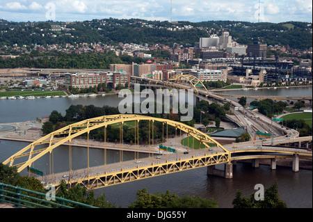 Fort Pitt Bridge in the City of Bridges on the  Monongahela River, Pittsburgh, Pennsylvania, USA - Stock Photo