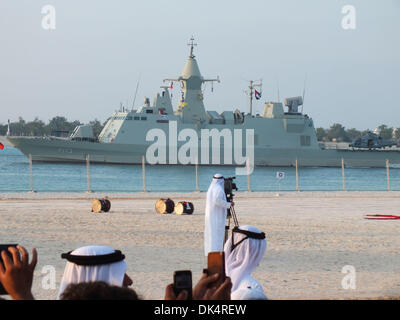 Abu Dhabi. 2nd Dec, 2013. A guided missile destroyer of the navy forces of United Arab of Emirates (UAE) appears - Stock Photo