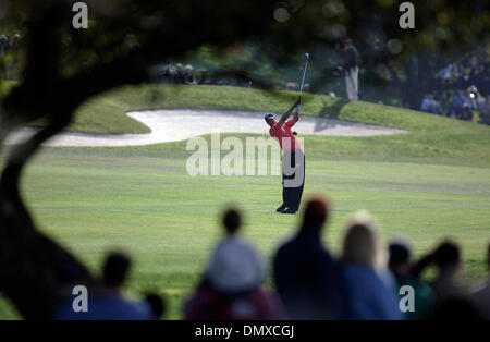 Jan 29, 2006; La Jolla, CA, USA; GOLF: TIGER WOODS on the 4th fairway during the Buick Invitational 2006. Mandatory - Stock Photo