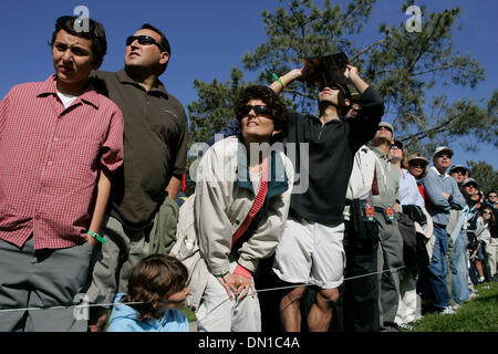 Jan 29, 2006; La Jolla, CA, USA; GOLF: Fans on the 10th hole during the Buick Invitational 2006. Mandatory Credit: - Stock Photo