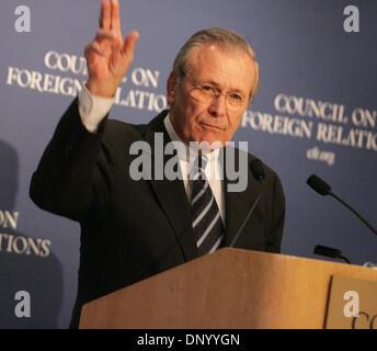 Nov 08, 2006; New York, NY, USA; President George W. Bush annouced today that Defense Secretary DONALD H. RUMSFELD - Stock Photo