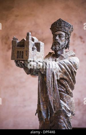 Statue of Guglielmo II at Monreale Cathedral (Duomo di Monreale) in Monreale, near Palermo, Sicily, Italy, Europe - Stock Photo