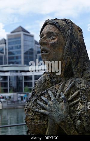 The famine memorial statues in Dublin Docklands, Ireland - Stock Photo