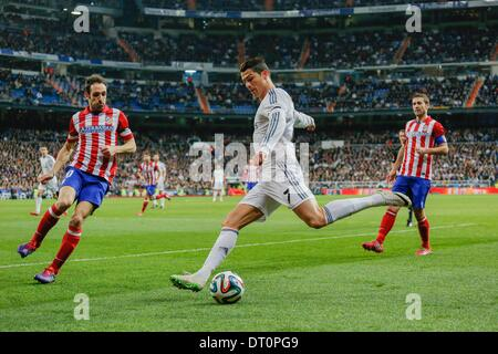 Madrid, Spain. 5th Feb, 2014. Cristiano Ronaldo (Real Madrid) during the Spanish King's Cup Semifinal, between Real - Stock Photo