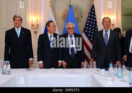 Secretary Kerry, UN Secretary-General Ban Ki-moon, UN Special Representative Brahimi, and Russian Foreign Minister - Stock Photo