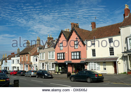 A view of Castle Street in Thornbury (near Bristol) in South Gloucestershire, UK. - Stock Photo