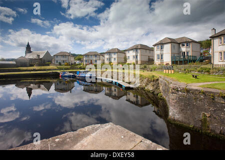 peaceful reflections in ardrishaig canal basin on the crinan canal argyll - Stock Photo