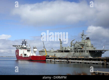 Perth, Australia . 30th Mar, 2014. Australian Defence Vessel Ocean Shield is loaded with supplies and equipments - Stock Photo