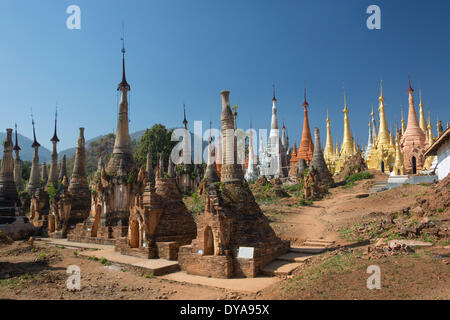 Indeinn Inle Myanmar Burma Asia architecture colourful exotic famous history many natural old plenty remote ruins - Stock Photo