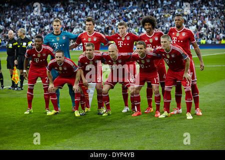 Madrid, Spain. 23rd Apr, 2014. Bayen Squad poses prior to the UEFA Champions League Game between Real Madrid and - Stock Photo