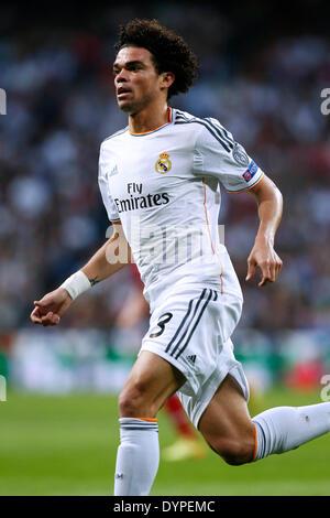 Madrid, Spain. © D. 23rd Apr, 2014. Pepe (Real) Football/Soccer : UEFA Champions League semi-final 1st leg match - Stock Photo