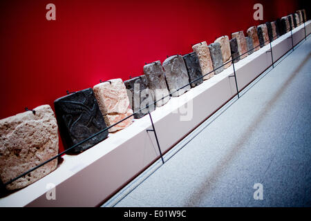 Bonn, Germany. 29th Apr, 2014. Small orthostats of the west palace of Tell Halaf (Syria) are displayed in the exhibition - Stock Photo