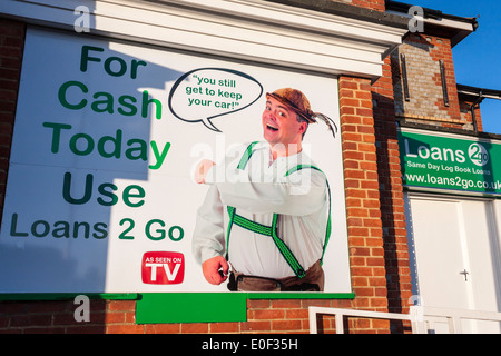 Loans2Go Loan Shop, Reading, Berkshire, England, GB, UK. - Stock Photo
