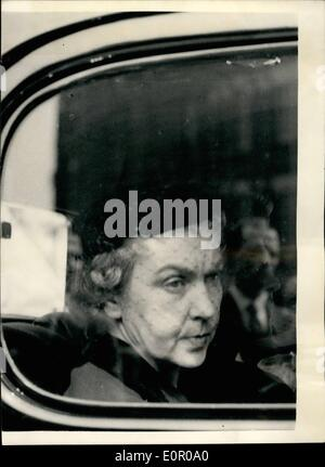 Jun. 01, 1957 - 1-6-57 Funeral of murdered Polish Countess. Her niece attends. The funeral took place this morning - Stock Photo