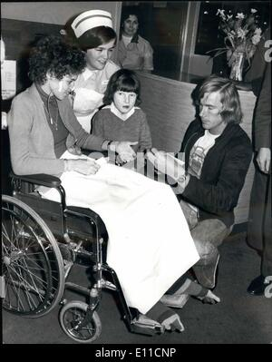 Feb. 02, 1977 - World Motor Racing Champion James Hunt Visits Great Ormond Street Hospital.:World Motor Racing Champion - Stock Photo
