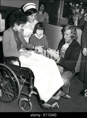 Feb. 02, 1977 - World Motor Racing Champion James Hunt Visits Great Ormond Street Hospital. World Motor Racing Champion - Stock Photo