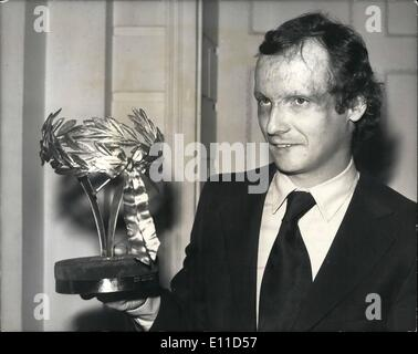 Feb. 02, 1977 - Niki Lauda Receives The Golden Award For World's Bravest Sportsman At The Guildhall: Niki Lauda, - Stock Photo
