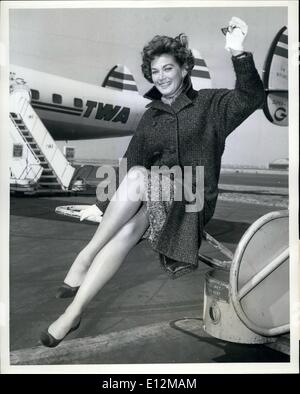 Feb. 24, 2012 - Idlewild Airport, N.Y., -- Lovely TV Actress Doris wiss saddens the heart of New Yorkers by leaving - Stock Photo