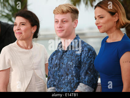 Cannes, France. 22nd May, 2014. at the photo call for the film Mommy at the 67th Cannes Film Festival, Thursday - Stock Photo