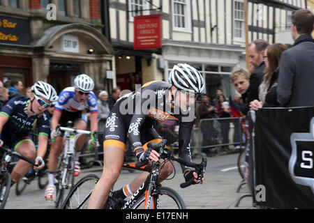 Shrewsbury town centre.Twenty years ago, Shrewsbury hosted a cycle race that took place around its picturesque town - Stock Photo