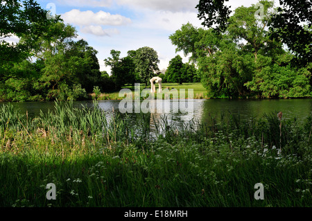 A view of Henry Moore arch across the long water, Kensington Gardens, London. - Stock Photo