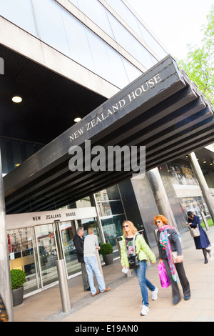 New Zealand House entrance on Haymarket London. - Stock Photo