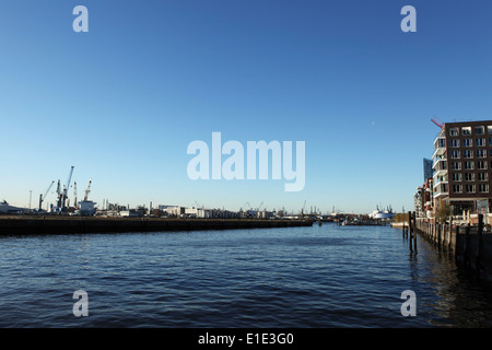 The dockland waterfront of the HafenCity in Hamburg, Germany. - Stock Photo