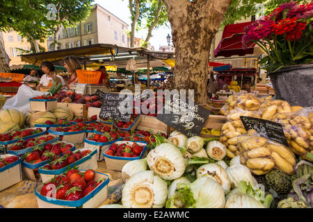 France, Bouches du Rhone, Aix en Provence, market Place Richelme - Stock Photo