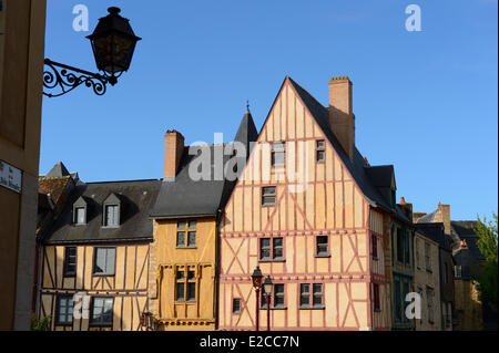 France, Sarthe, Le Mans, Cite Plantagenet , half timbered architecture, Maison du Pilier rouge (House of the Red - Stock Photo