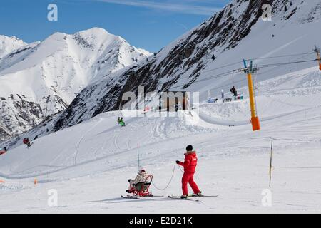 France Hautes Pyrenees Luz Ardiden the ski resort - Stock Photo