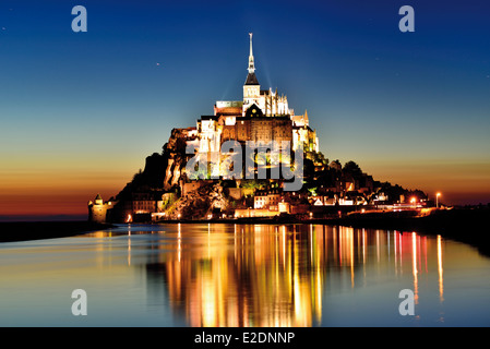 France, Normandy: Le Mont Saint Michel by night - Stock Photo