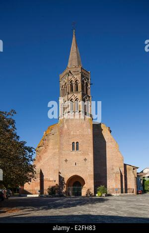 France, Tarn, Lisle sur Tarn, Bastide (Medieval fortified town) of the 13th century, church - Stock Photo