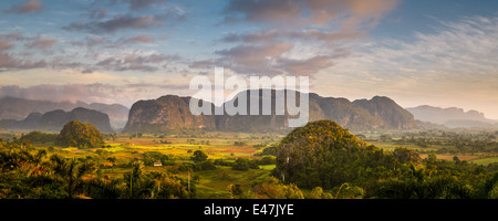 The valley of Vinales ( Valle de Viñales ), Pinar del Rio, Cuba - Stock Photo
