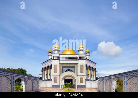 South East Asia, Kingdom of Brunei, Bandar Seri Begawan, Jame'asr Hassanal Bolkiah Mosque - Stock Photo