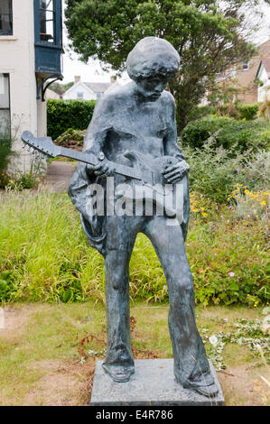 Statue of Jimi Hendrix by John Swindells at Dimbola Lodge close to site of 1970 Isle of Wight Festival on Afton - Stock Photo