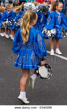 Fleetwood, Lancashire, 20th July, 2014. Junior Royalettes , Traditional Morris Dancers at the Fleetwood Festival - Stock Photo