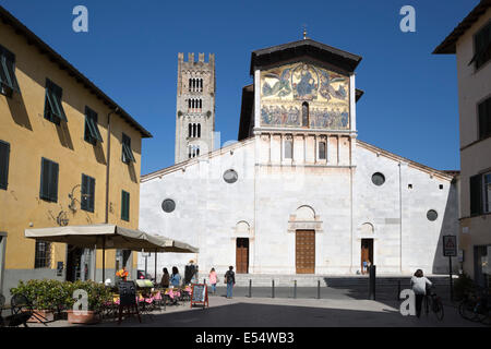 Thirteenth-century mosaic of 'The Ascension' on facade of  San Frediano in Piazza San Frediano, Lucca, Tuscany, - Stock Photo