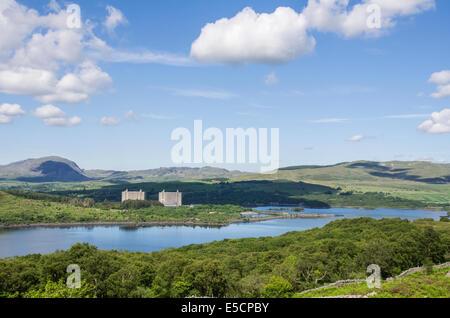 Trawsfynydd nuclear power station and Trawsfynydd Lake, Gwynedd, North Wales - Stock Photo