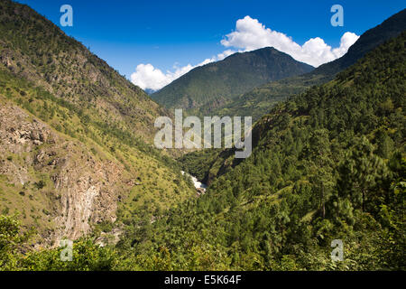 Eastern Bhutan, Kuri Chhu River passing through Lhuentse Valley - Stock Photo